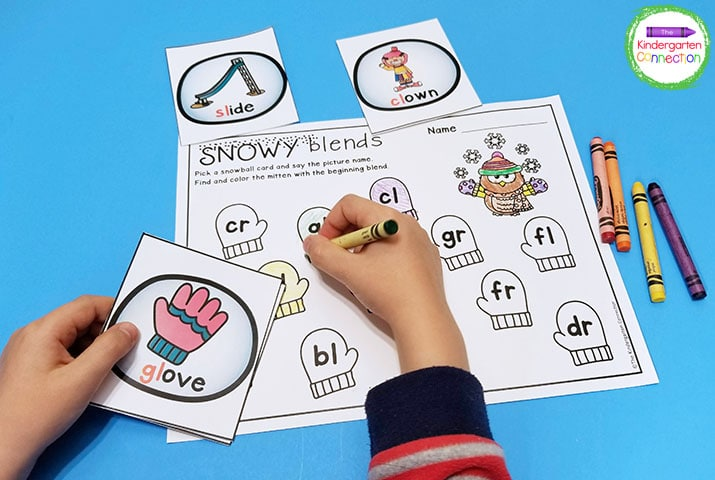 Identify beginning blends in our Snowy Blends game.