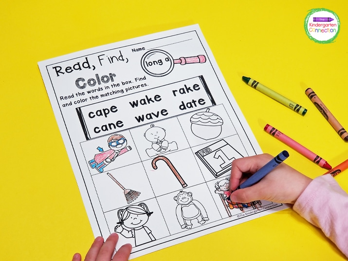 In the CVCe activities, students must carefully read each word in the box and find the pictures that best match the words.