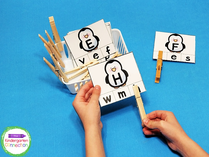 Match the uppercase and lowercase letters in this penguin alphabet clip cards activity.