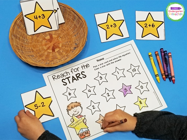 This activity includes 12 star equation cards and a recording sheet for coloring in the answers.