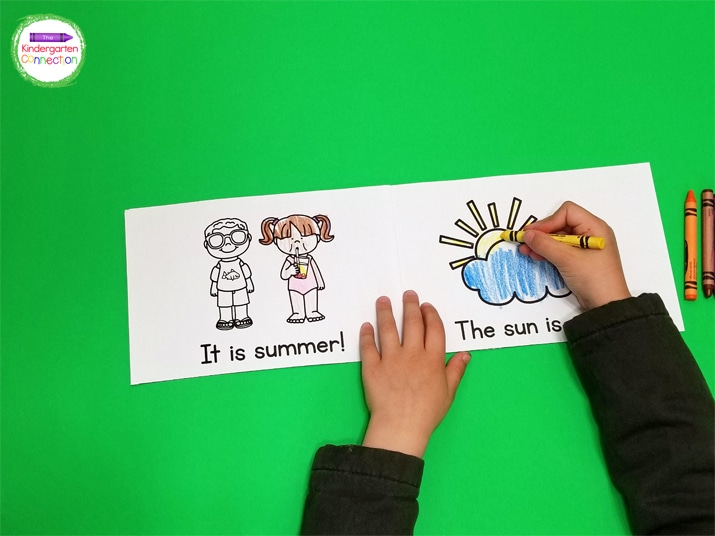 Students can make the books their own by coloring the fun pictures in this Summer Emergent Reader.