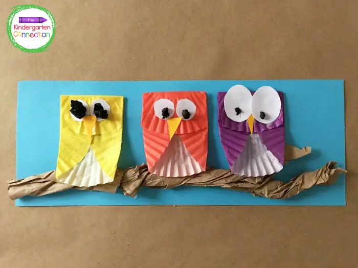Glue the beak, eyes, and pupils onto each owl. Be sure to allow the glue to dry completely.