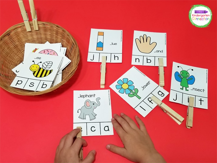 This activity includes 26 clip cards. Each clip card has an image on it that begins with one letter of the alphabet.